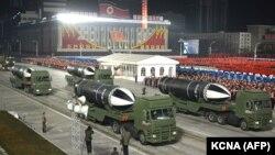 موشک بالیستیک در رژه نظامی در کره شمالی، ۱۴ ژانویه ۲۰۲۱