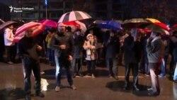 """Демонстрантите порачаа: """"Не можат да го скршат ВМРО"""""""