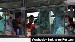 Автобус в Ашхабаде