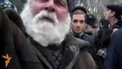 80 yaşlı Zakir Kərimov: «Mənə demokratiya ver