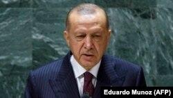 اردوغان د ملګرو ملتونو عمومي غونډې ته د وينا وروسته خبريالانو ته وويل چې دوینه شي ويلي چې له امريکې سره د اړيکو سالمه پروسه روانه ده.
