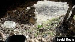 İşğalçıların əlindən canını qurtarmaq üçün Başlıbel sakinlərinin 100 günə yaxın sığındığı mağaradan ətrafın görüntüsü