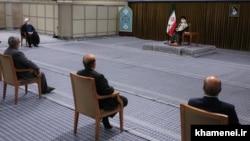 آخرین دیدار علی خامنهای و اعضای هیئت دولت دوازدهم