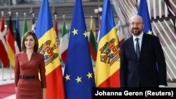 Președinta R. Moldova, Maia Sandu, alături de președintele Consiliului European, Charles Michel