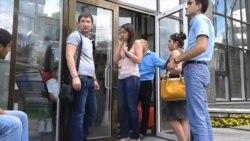 Не вылетевшие на отдых туристы требуют вернуть им деньги
