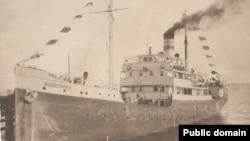 В 1939 году в проливе Лаперуза сел на камни пароход, в трюмах которого вповалку лежали более тысячи людей