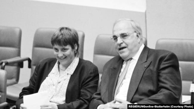 Angela Merkel dhe ish-kancelari gjerman, Helmuth Kohl, 1991.