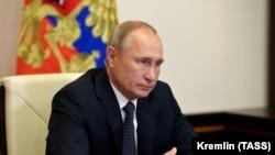 Рускиот претседател Владимир Путин вели дека руската вакцина е ефикасна