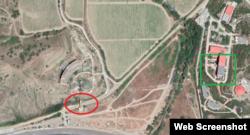 Мост и пожарная часть в районе села Морское в аннексированном Крыму. Скриншот с сервиса Google Maps