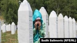 Az Emlékközpont melletti temető, Srebrenica-Potočari, 2021 július 11.
