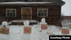 Ezek miatt a hóemberek miatt vitte be kihallgatni a rendőrség Kalinyinát.