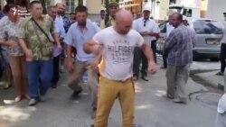 Крымско-татарский активист совершил самоподжог