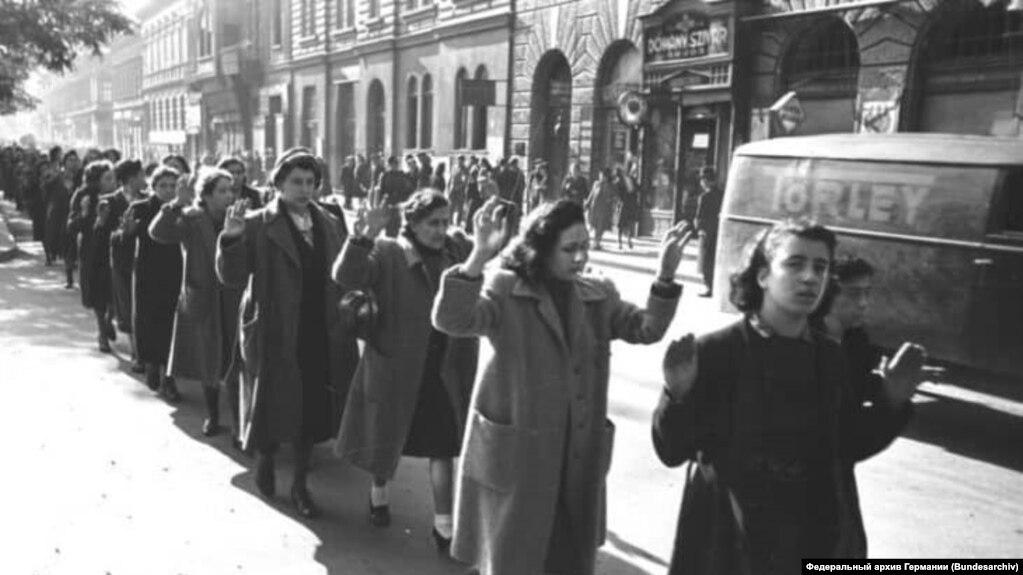 Будапешт, 20-22 октября 1944 года, пленные еврейки