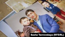 Фотографія Асана Ахтемова з сином Рефатом