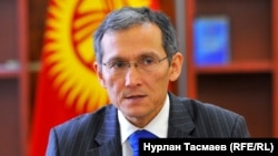 Джоомарт Оторбаев.