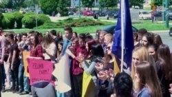 Performans u Sarajevu: Kako zaustaviti odlazak mladih