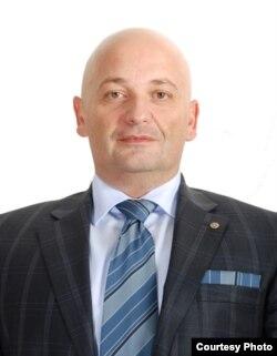 """Игор Неделковски редовен професор на Факултетот за информатички и комуникациски технологии на Универзитетот """"Свети Климент Охридски"""" во Битола"""
