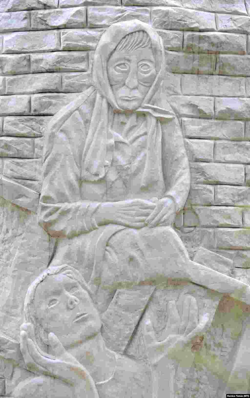 A pécsi roma holokauszt-emlékmű egyik részlete