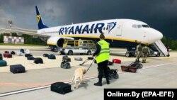 Авиалайнер Ryanair, которого принудили к посадке в Минске белорусские власти. На его борту находился оппозиционный белорусский блогер Роман Протасевич. 23 мая, 2021