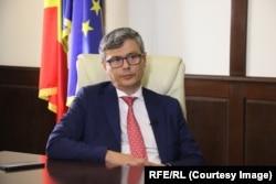 Ministrul Energiei, Virgil Popescu, deține numeroase terenuri.