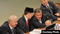 Бөтендөнья татар яшьләре форумы. 2012 ел