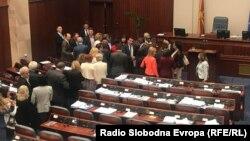 Парламентот го ратификуваше договорот за промена на името со Грција
