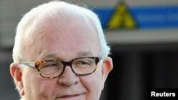 Специјалниот американски пратеник за Северна Кореја - Стивен Босворт