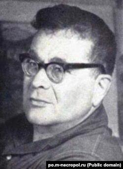 Орус элинин совет доорундагы акыны, сатириги Владимир Лифшиц.
