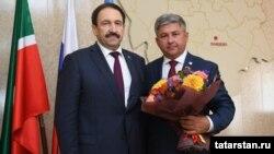 Премьер-министр Татарстана Алексей Песошин и Михаил Афанасьев (справа)