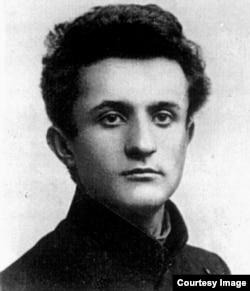 Член Еврейского антифашистского комитета Давид Гофштейн. Расстрелян в 1952 году
