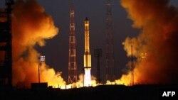 """Запуск ракеты """"Протон-М"""" с Байконура 2 сентября 2010 года"""