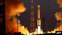 """Запуск ракеты """"Протон-М"""" с космодрома Байконур. Иллюстративное фото."""