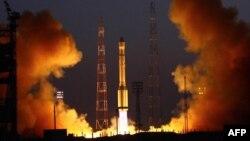 «Протон-М» зымыран тасығышының Байқоңырдан ғарышқа ұшқан сәті. Көрнекі сурет.
