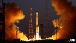 Запуск ракеты-носителя «Протон-М» с космодрома Байконур.