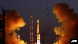 Старт космического корабля с космодрома Байконур