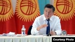 Gyrgyzystanyň prezidenti Sooronbaý Žeenbekow
