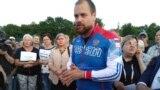 Дмитрий Демушкин на митинге жителей Барвихи