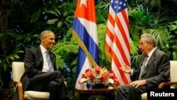 Barack Obama i Raul Castro