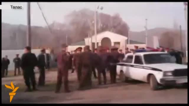 В Таласской области произошли столкновения митингующих с милицией