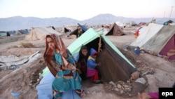 افغانستان: په بادغېس کې کوره شوي کډوال. د ۲۰۱۴ ز کال تصویر