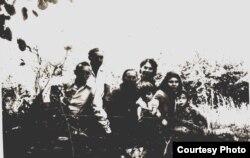Іван Гажаман з родиною