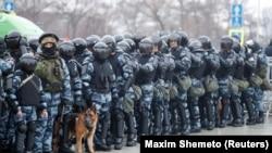 Силовики на акции в поддержку Алексея Навального. Москва, 23 января 2021 года