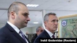 Грузиянын премьер-министри Мамука Бахтадзе жана НАТОнун баш катчысы Йенс Столтенберг Крцанисидеги жолугушууда. Тбилиси. 25-март, 2019-жыл.