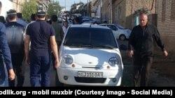 Фото с похорон 25-летнего милиционера Анвара Абдуллаева, который стал первой жертвой нынешней хлопковой кампании в Узбекистане.