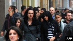 Zabrinutost na Kosovu da će odluke Suda uticati na političku scenu: Ulice Prištine