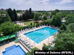 """Хотел """"Созопол"""" има и два външни басейна"""