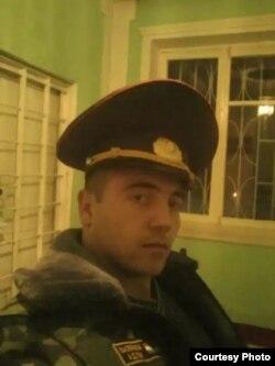 Эҳсон Ёқубов, яке аз нигаҳбонони зиндон, ки дар ин ошӯб ҷони худро аз даст дод.