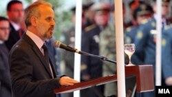 Министерот за одбрана Талат Џафери