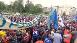 """Protest radnika fabrike """"Zastava oružje"""" u Beogradu"""