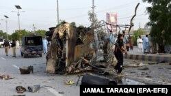 Нападот врз полициско комбе во Пакистан.